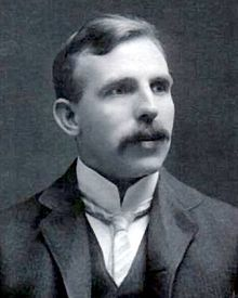 220px-Ernest_Rutherford_cropped